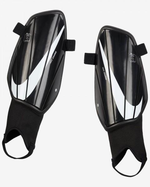 Nike Charge Fußball Schienbeinschoner Herren schwarz weiß